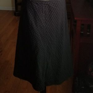 Womens Calvin Klein knee length skirt size 10